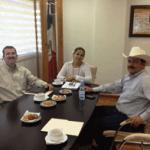 El alcalde se reunió con la jefa del departamento de Educación Inicial, Yolanda Gutiérrez Macías y el encargado del área de Planeación y Presupuesto de la Secretaría de Educación Pública en BCS, Noé Amador