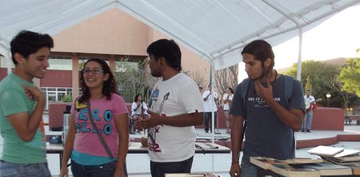 Organizó la UABCS un tianguis cultural