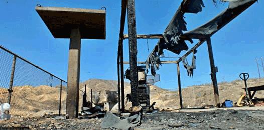 Consume incendio recicladora en Santa Rosalía