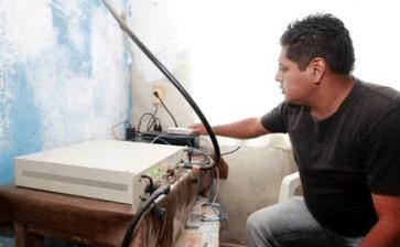 Poblado creó su propio servicio de celular