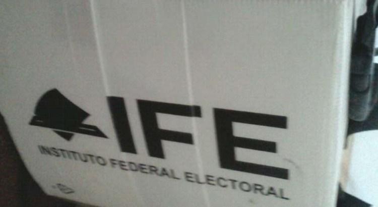 Encuentran urna del IFE en un edificio en La Ballena