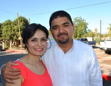 Desea el alcalde feliz navidad a familias loretanas