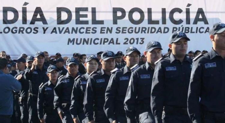 Casi el 80% de los policías paceños aprobaron control y confianza