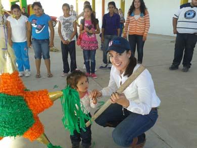 Convive Alcalde con habitantes de la Purísima y San Isidro