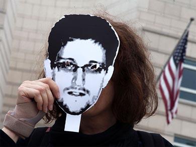 Descarta EU negociar amnistía con Snowden