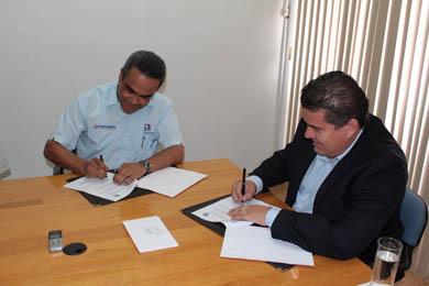 Firman UABCS y el ICATEBCS convenio de colaboración
