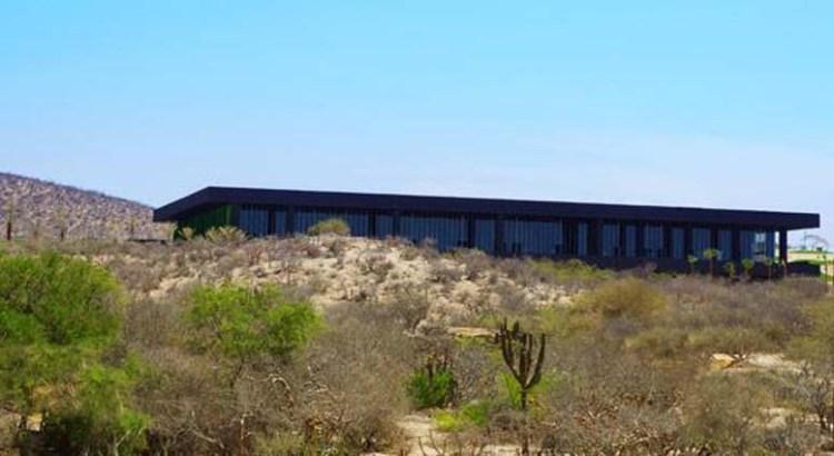 Debe auditarse el Centro de Convenciones de Los Cabos