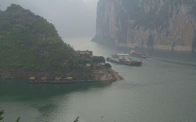Construirá China un Titanic «pirata»