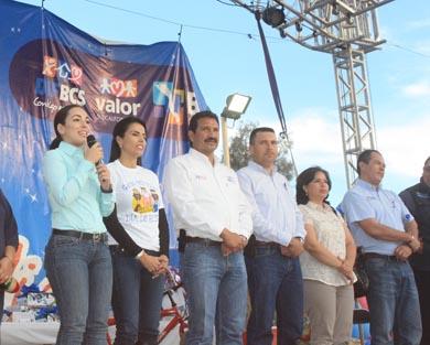 Ofrece DIF Festival del Día de Reyes