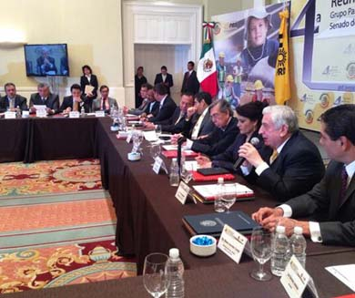 "Acusan al PRD de ""traicionar a México"""