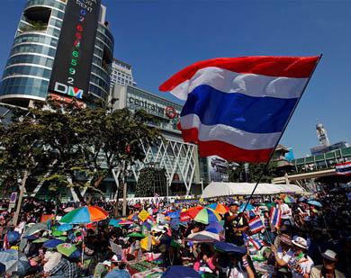 Manifestantes paralizan Bangkok
