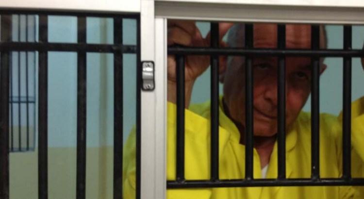"""""""Soy un preso político"""", dice César Uzcanga"""