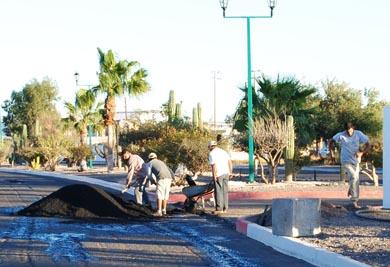 Continúa el mantenimiento de calles y luminarias