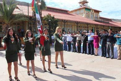 Conmemora el XIV Ayuntamiento a la Enseña Nacional