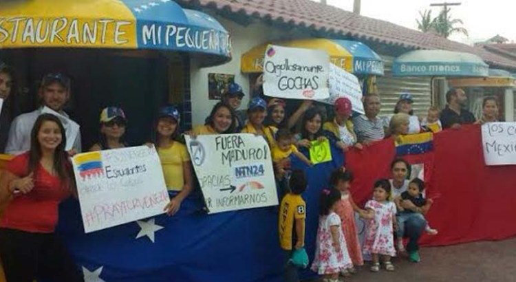 Venezolanos en Los Cabos se manifestaron contra Maduro