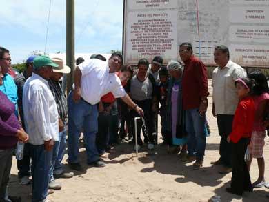 Inauguran obras de agua potable