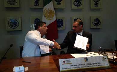 Firman convenio Gobierno de Oaxaca y Ayuntamiento de Mulegé