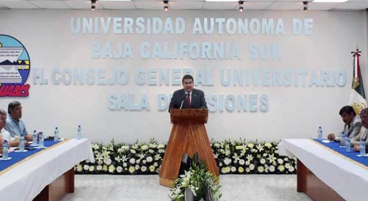 Presenta el Rector de la UABCS su tercer informe