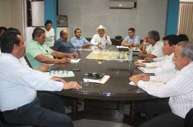 Avanza proyecto de electrificación de San Juanico