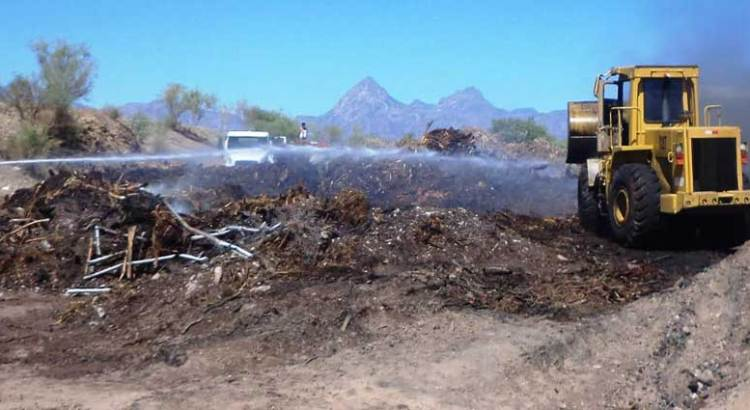 Logran bomberos sofocar incendio