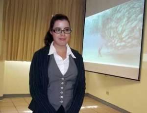 Diana Aracely Treviño Aguilar, egresada de la carrera de Turismo Alternativo de la UABCS, realizó un proyecto de sustentabilidad ecoturístico para el Parque Nacional Cabo Pulmo.