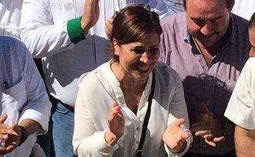 Se queda Rosario Robles sin abogados