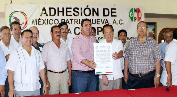 La AC México Patria Nueva se adhiere a la CNOP