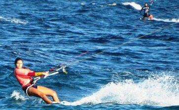 Inició la temporada de Kite Surf