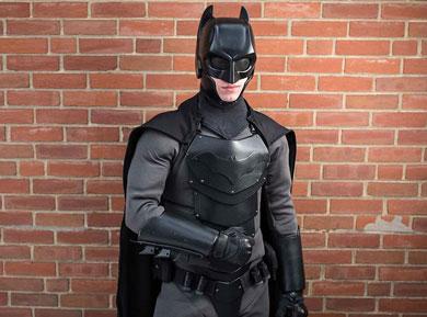 Estudiante se hizo su traje de Batman