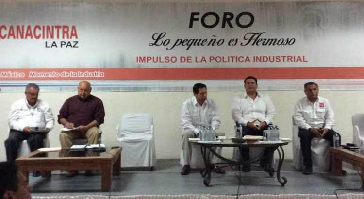 Dialogan candidatos a Gobernador con miembros de CANACINTRA