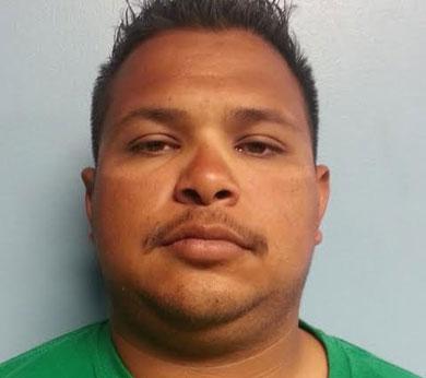 Capturan a presunto vendedor de droga en El Centenario