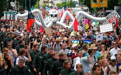 Protestan miles contra cumbre del G7 en Alemania