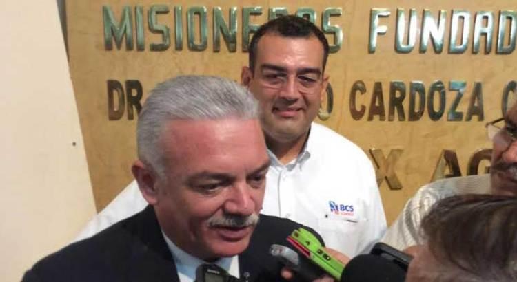 Hace Marcos Covarrubias cambios a su gabinete