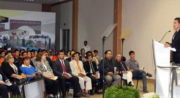Tomó protesta Gustavo Rodolfo Cruz Chávez como Rector