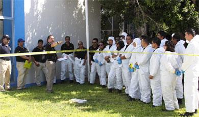Capacita CSI a peritos y agentes de investigación de BCS
