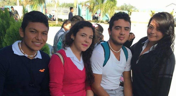 Celebrarán más de 100 mil jóvenes el Día del Estudiante