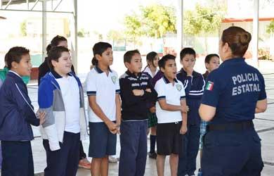 Llevan a escuelas pláticas para prevenir el acoso escolar