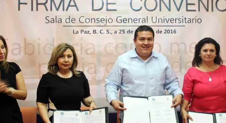 Firman convenio UABCS y Centros de Integración Juvenil