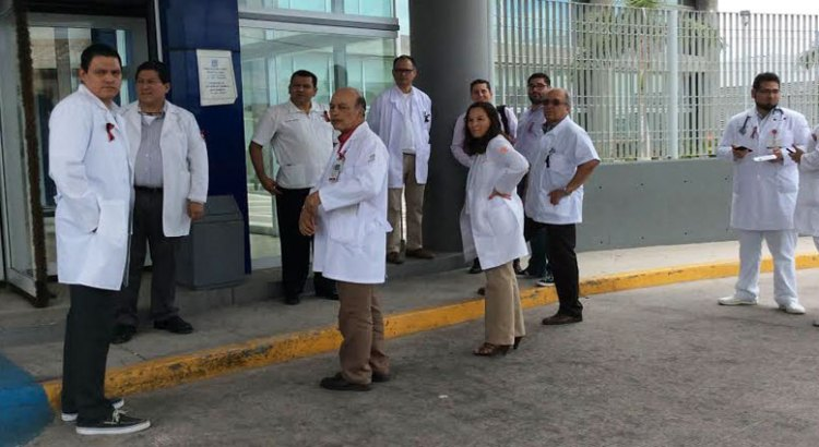 Se manifestaron médicos del ISSSTE
