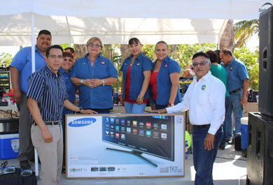 Celebró UABCS el Día del Trabajador Administrativo