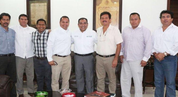 Se reunió Alcalde con directiva del  Colegio de Arquitectos