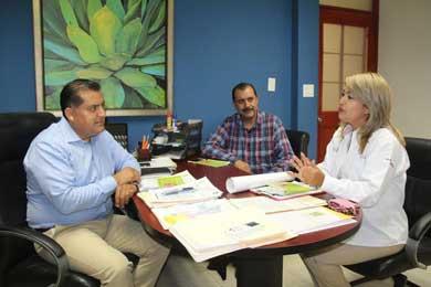 Promueven prestaciones, seguros y servicios para trabajadores