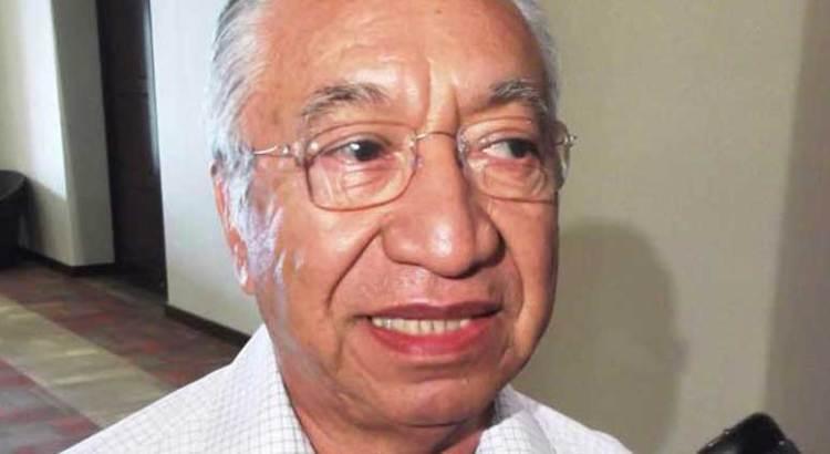 Desconocen federaciones a Isaías González