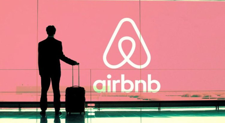"Debe Airbnb ""alinearse"" en materia fiscal"