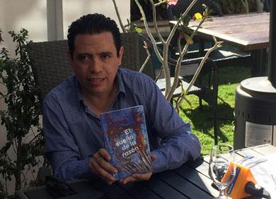 Publica Aldo Fulcanelli libro de poesía