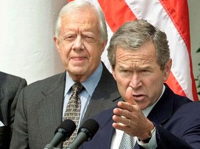 Critica expresidente Bush postura de Trump ante medios