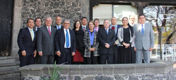 Durante un encuentro de trabajo, integrantes de la Unión de Universidades de América Latina y el Caribe Región México analizaron una propuesta integral de desarrollo económico para el país.