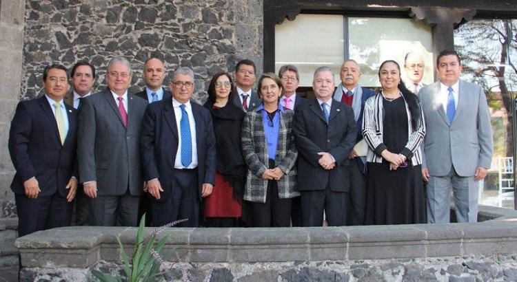 Participa Rector de la UABCS en reunión de la UDUAL
