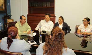 Cumple Gobierno Municipal obligaciones obrero patronales