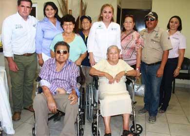 Apoya DIF Los Cabos a adultos mayores